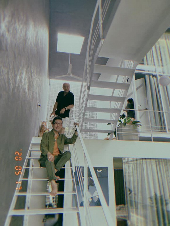 Từng khoe có 5 căn nhà khắp đất nước, Long Nhật hé lộ thêm biệt thự mới ở Huế - Ảnh 6.