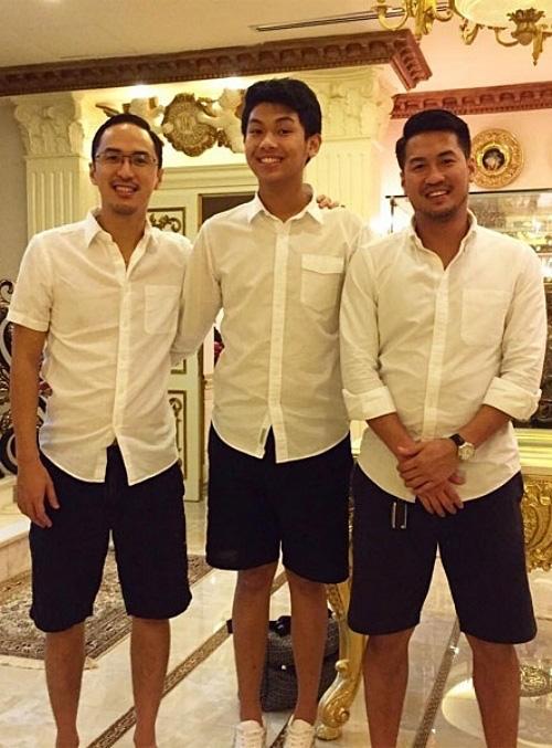 Ngoại hình con trai út nhà Johnathan Hạnh Nguyễn - Ảnh 7.