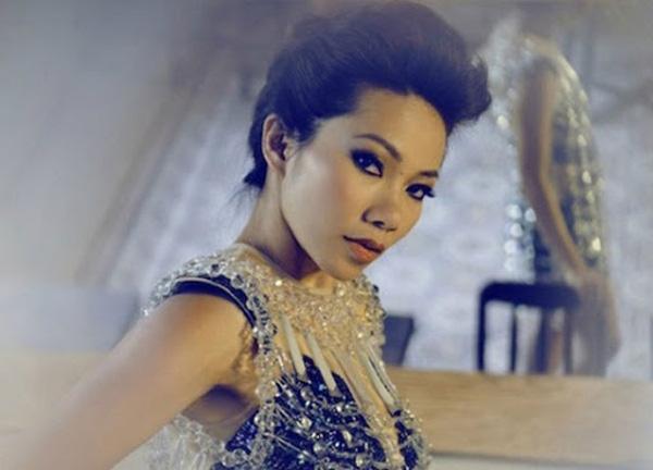Mỹ Linh, Hà Trần: Cuộc sống viên mãn của 2 quý bà biết đủ ở tuổi U50 - Ảnh 8.