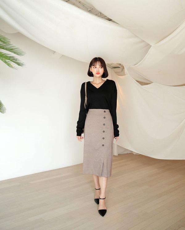 Chọn đúng kiểu chân váy giấu đùi cột đình hoàn hảo, nàng công sở tự tin khoe vóc dáng - Ảnh 15.