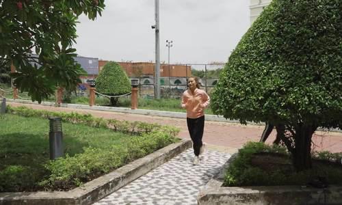 Ngọc Lan đóng cảnh chạy bộ giữa trưa - Ảnh 5.