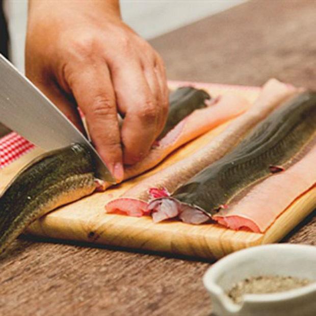 Thịt lươn rất bổ nhưng nếu chế biến theo cách này chẳng khác nào mang họa vào người - Ảnh 3.