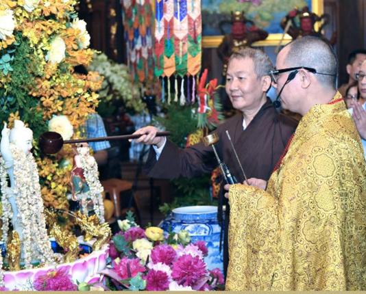 Ấn tượng đẹp sau Đại lễ Phật đản đặc biệt 2020 - Ảnh 16.