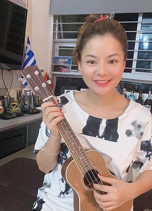 Cô gái dạy ngoại ngữ miễn phí cho người Việt tại Singapore - Ảnh 2.