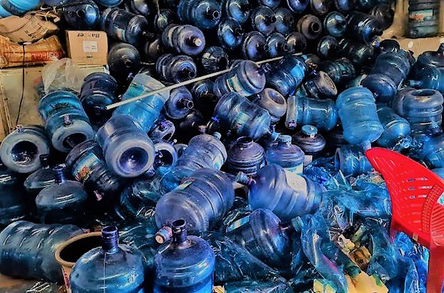 Nước tinh khiết lấy từ mương nước thải ở Hải Phòng: Xã không biết gì vì không được thông báo! - Ảnh 2.