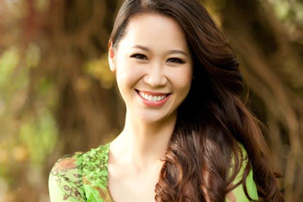 2 mỹ nhân cùng tên Thuỳ Linh: Người bị đồn yêu đồng giới, người hạnh phúc bên chồng doanh nhân - Ảnh 6.