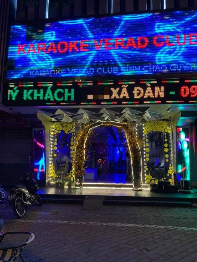 Vừa mở cửa trở lại, quán karaoke đã kiếm 30 triệu đồng/ngày - Ảnh 1.