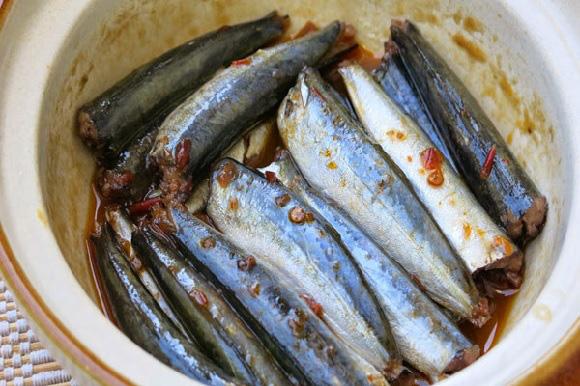 Thêm 1 bước này, kho từ cá đồng, cá biển kiểu gì cũng ngon, săn, mùi tanh mất sạch - Ảnh 3.