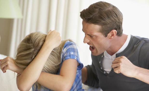Điều cần làm nếu có một ông chồng không tôn trọng, coi thường vợ? - Ảnh 2.