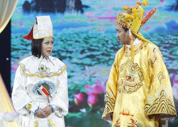 Hai mỹ nhân cùng tên Minh Hằng: Người về hưu chưa con cái, người 33 tuổi giàu có với tin đồn yêu đại gia - Ảnh 2.
