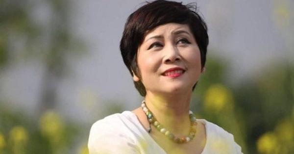 Hai mỹ nhân cùng tên Minh Hằng: Người về hưu chưa con cái, người 33 tuổi giàu có với tin đồn yêu đại gia - Ảnh 4.