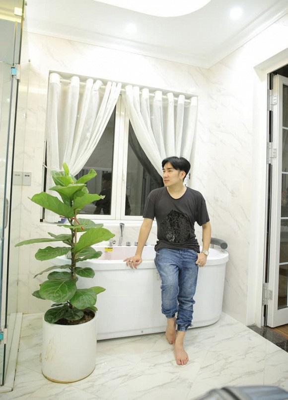 Thăm biệt thự 20 tỷ ở Hà Nội của nam ca sĩ thích sưu tầm sổ đỏ và sở hữu hàng chục căn nhà khác ở Sài Gòn - Ảnh 14.