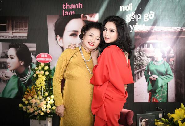 Mẹ diva Thanh Lam: Tôi không ngại chuyện con hát mẹ khen hay - Ảnh 1.