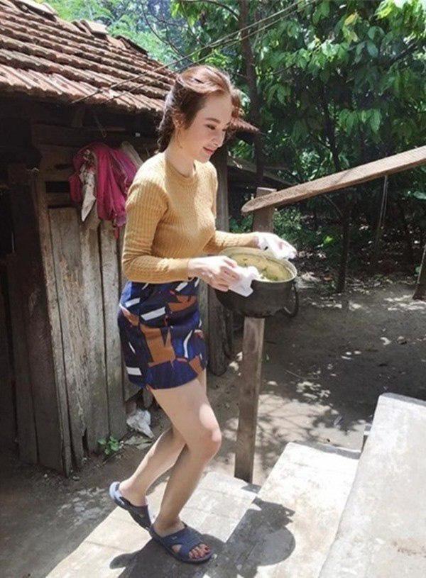 Sở hữu gia tài chục tỷ, nhà ở quê của sao Việt lại khác xa: Nhã Phương bất ngờ nhất! - Ảnh 15.