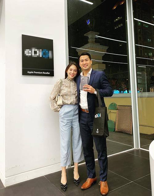 Linh Rin tình cảm với Phillip Nguyễn sau thời gian rạn nứt - Ảnh 8.
