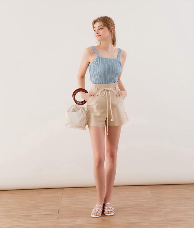 Ai cũng biết quần short ống rộng là item hot nhất hè 2020, mix với kiểu áo nào cho sành điệu mới khó - Ảnh 14.