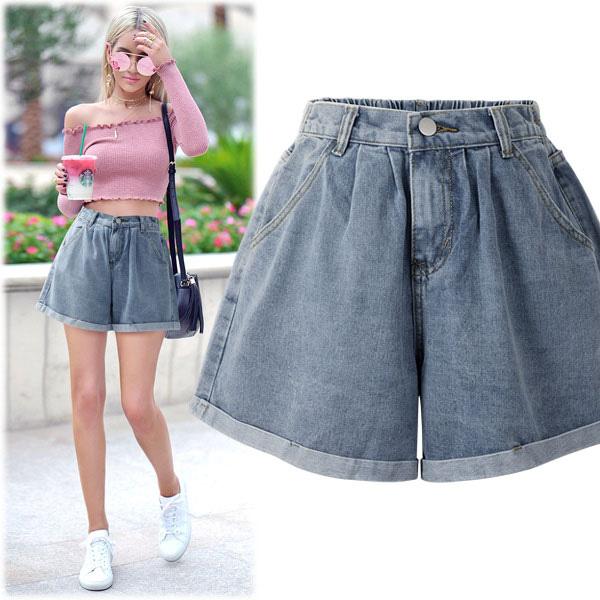 Ai cũng biết quần short ống rộng là item hot nhất hè 2020, mix với kiểu áo nào cho sành điệu mới khó - Ảnh 8.