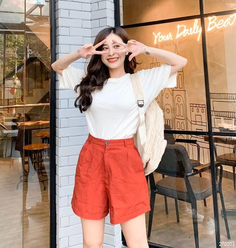 Ai cũng biết quần short ống rộng là item hot nhất hè 2020, mix với kiểu áo nào cho sành điệu mới khó - Ảnh 9.