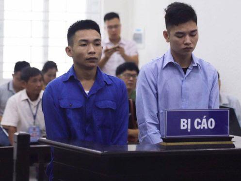 Lời khai lạnh lùng của 2 kẻ sát hại tài xế Grab tại tòa - Ảnh 2.