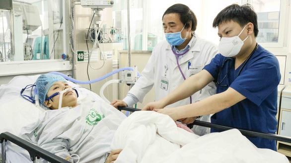 Sản phụ ngừng tim 120 phút được cứu sống diệu kỳ hiện giờ ra sao? - Ảnh 3.