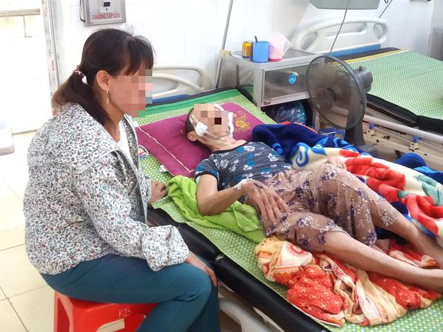 Chủ tịch xã nói gì vụ mẹ đẻ 84 tuổi, bại liệt bị con trai đánh nhập viện ở Hải Dương? - Ảnh 3.