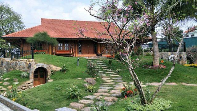 Sân vườn trong biệt thự bạc tỷ của 3 nam diễn viên nổi tiếng nhất nhì showbiz Việt, ai nhìn cũng phải ngưỡng mộ - Ảnh 3.