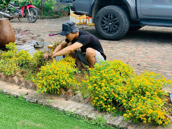 Sân vườn trong biệt thự bạc tỷ của 3 nam diễn viên nổi tiếng nhất nhì showbiz Việt, ai nhìn cũng phải ngưỡng mộ - Ảnh 16.