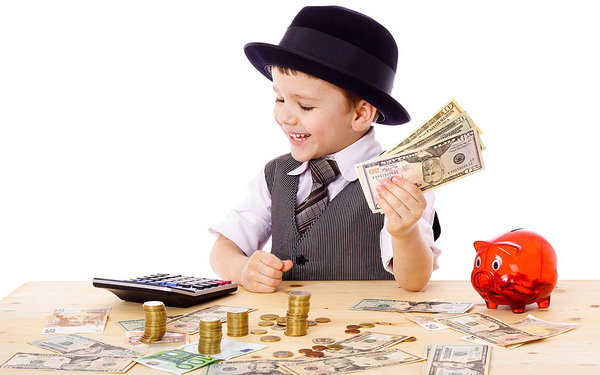 Nên dạy con về tiền bạc từ lúc mấy tuổi, hầu hết nhận định của các ông bố bà mẹ Việt đều sai - Ảnh 1.