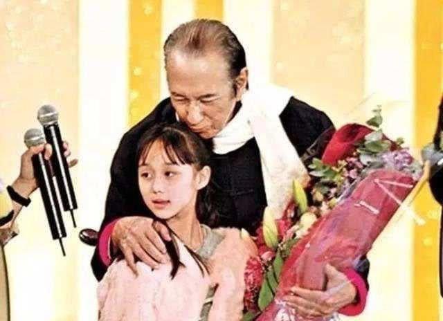 Vua sòng bài Macau có thể sinh đứa con gái út xinh xắn và giỏi giang ở tuổi 78, nhiều năm sau vợ Tư mới tiết lộ nguyên nhân - Ảnh 1.