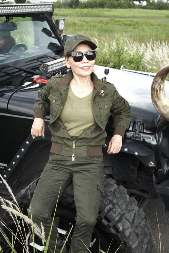 Mẹ Hồ Ngọc Hà năng động ở tuổi 63 - Ảnh 4.