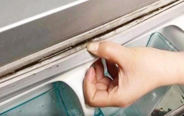 Làm sạch bong gioăng tủ lạnh bằng mẹo cực đơn giản, vừa nhàn vừa dễ đánh tan vi khuẩn - Ảnh 2.