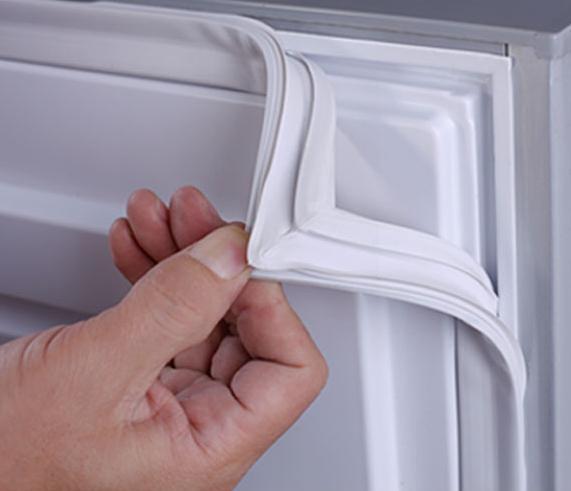 Làm sạch bong gioăng tủ lạnh bằng mẹo cực đơn giản, vừa nhàn vừa dễ đánh tan vi khuẩn - Ảnh 5.