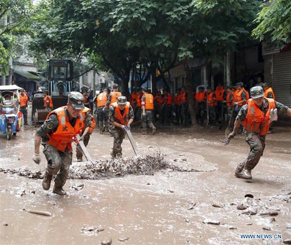Hình ảnh lũ lụt tồi tệ tại Trung Quốc: Di sản bị nhấn chìm, đập lớn nhất thế giới đứng trước nguy cơ vượt giới hạn - Ảnh 9.