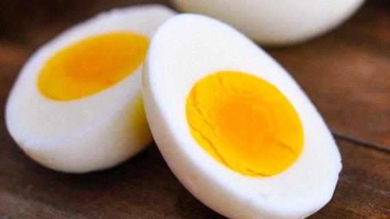 Chuyên gia khuyên chị em bị ám ảnh vì bụng mỡ sau sinh nên thường xuyên dùng 8 loại thực phẩm này để giảm vòng eo - Ảnh 1.