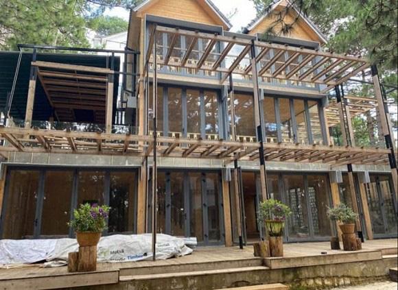 Phan Như Thảo xây thêm biệt thự gỗ 800 m2 mang tên con gái rượu - Ảnh 1.
