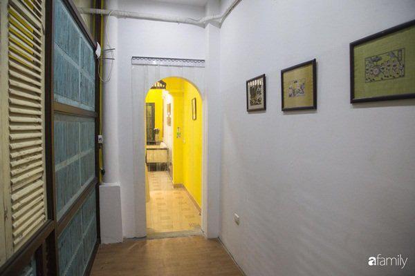 Căn hộ tập thể màu vàng sắc nắng mang vẻ hoài cổ ấn tượng ở quận Hoàn Kiếm, Hà Nội - Ảnh 9.