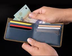 Tự tiện lục ví lấy tiền của chồng là vợ tự hạ thấp mình - Ảnh 3.