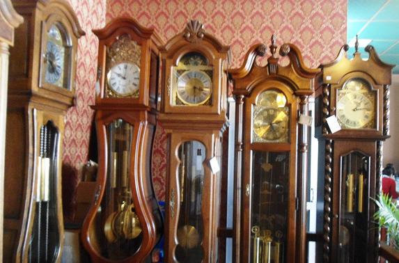Người cha sắp mất dạy con gái biết giá trị bản thân từ chiếc đồng hồ cổ - Ảnh 3.