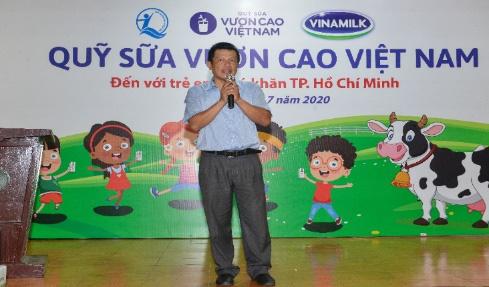 Quỹ sữa vươn cao Việt Nam và Vinamilk tiếp tục hành trình kết nối yêu thương tại TP.HCM - Ảnh 3.