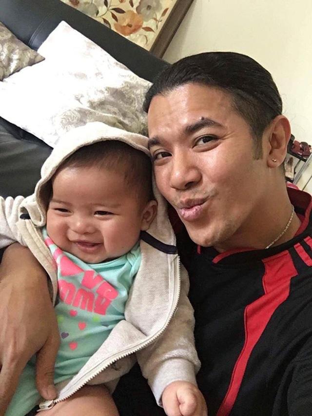 Kasim Hoàng Vũ tiết lộ có hai con và đang sống cùng mẹ ở Mỹ - Ảnh 1.
