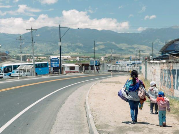 Gia đình tị nạn bán con gái vào nhà thổ với giá 1 USD - Ảnh 3.
