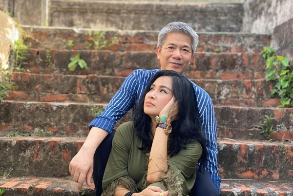 Đời tư diva Việt: Thanh Lam, Hồng Nhung tuổi 50 vẫn yêu nồng nhiệt - Ảnh 9.