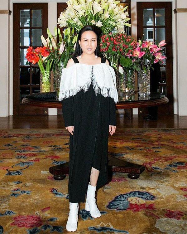 Bất chấp thân hình mũm mĩm, Phượng Chanel vẫn đam mê diện áo bẹt vai, hoá ra là có chiêu - Ảnh 15.
