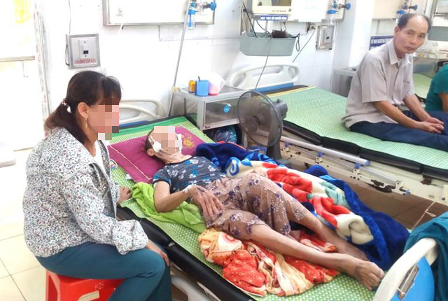 Đau lòng: Con trai đánh mẹ đẻ 84 tuổi ở Hải Dương nhập viện cấp cứu - Ảnh 3.
