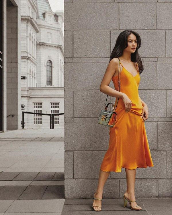 Với thời tiết hè chẳng mảy may gió của Hà Nội, đây là những trang phục phù hợp nhất cho nàng - Ảnh 5.