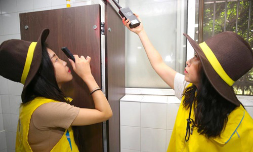 Những kẻ đứng sau các clip nhạy cảm bị quay trộm của sao nữ Hàn - Ảnh 3.