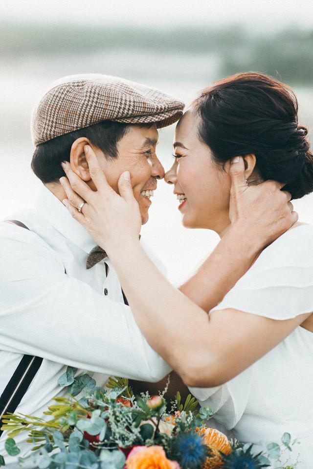 Bộ ảnh cực đặc biệt của cặp đôi U60: Những khoảnh khắc đánh liều ở Đà Lạt và nguyên tắc vàng làm nên cuộc hôn nhân hơn 2 thập kỷ - Ảnh 1.