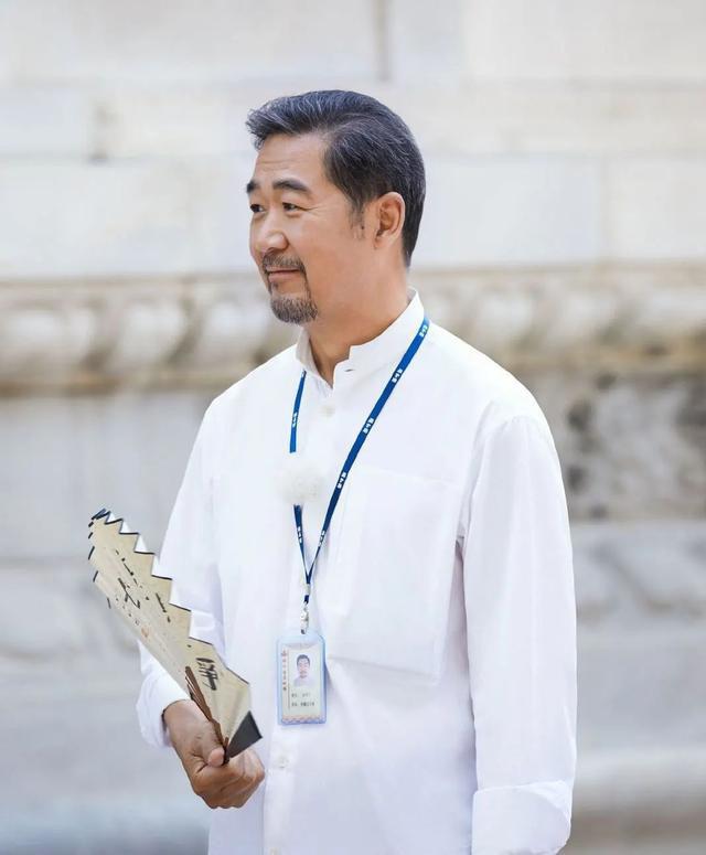 Càn Long Trương Quốc Lập phờ phạc, bước đi run rẩy ở tuổi 65 - Ảnh 2.