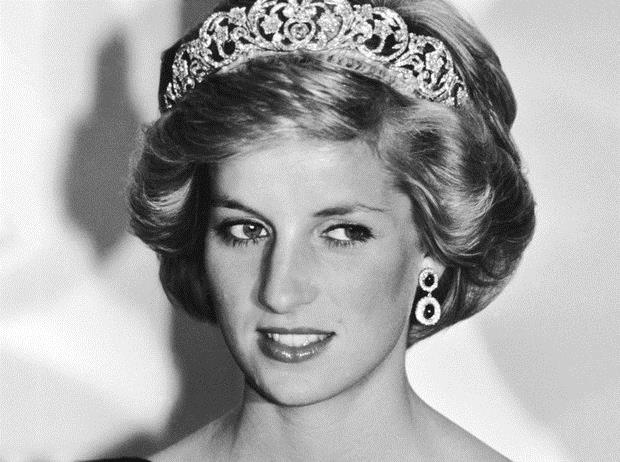 Kết cục bi thảm của cháu gái nhà tỷ phú Nga trong chiếc xe hơi biến dạng dưới hồ, lặp lại số phận của cố Công nương Diana nổi tiếng - Ảnh 7.