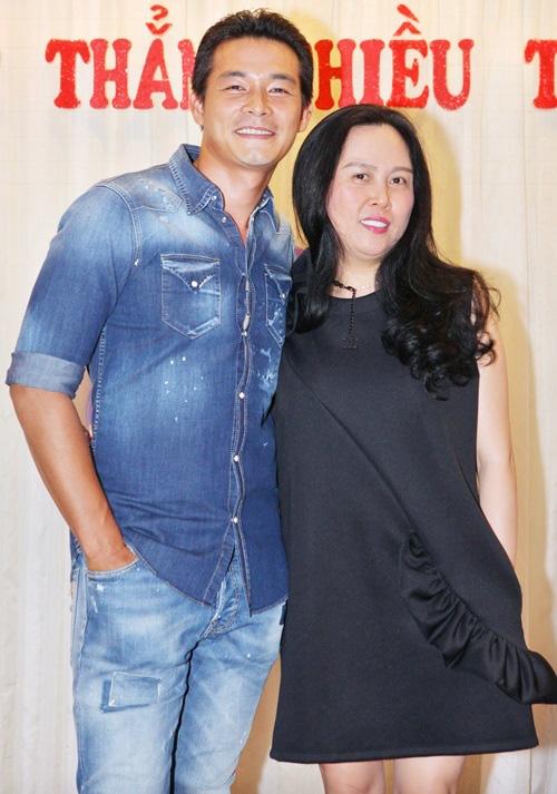 Bật mí vợ doanh nhân giàu có hơn 7 tuổi của Quách Ngọc Ngoan - Ảnh 2.